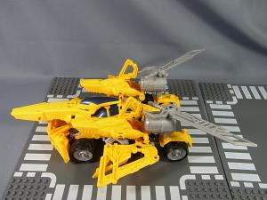 TF CONSTRUCT-BOTS TRIPLE CHANGER SERIES BUMBLEBEE047