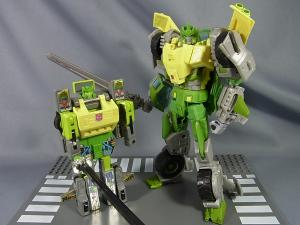 TFジェネレーションズ TG-21 オートボットスプリンガー ロボットモード009