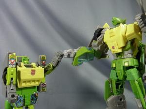 TFジェネレーションズ TG-21 オートボットスプリンガー ロボットモード010