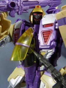 TFジェネレーションズ TG-22 ブリッツウィング ロボットモード018