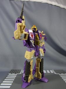 TFジェネレーションズ TG-22 ブリッツウィング ロボットモード021