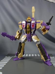 TFジェネレーションズ TG-22 ブリッツウィング ロボットモード024