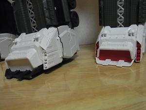 TFジェネレーションズ TG-23 メトロプレックス BOXSDCC比較024