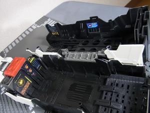 TFジェネレーションズ TG-23 メトロプレックス スクランブルシティ比較045