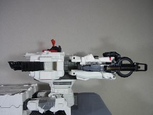 TFジェネレーションズ TG-23 メトロプレックス 移動要塞014