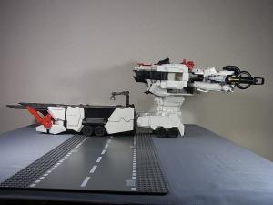 TFジェネレーションズ TG-23 メトロプレックス 移動要塞019
