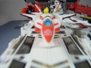 TFジェネレーションズ TG-23 メトロプレックス 移動要塞で遊ぼう026