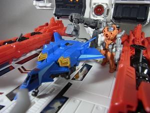 TFジェネレーションズ TG-23 メトロプレックス 移動要塞で遊ぼう031
