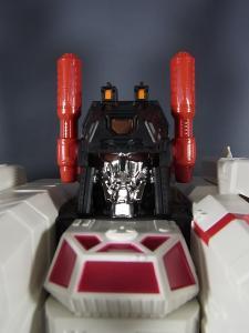 TFジェネレーションズ TG-23 メトロプレックス ロボットモード009