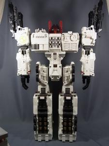 TFジェネレーションズ TG-23 メトロプレックス ロボットモード010