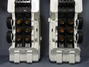 TFジェネレーションズ TG-23 メトロプレックス ロボットモード013