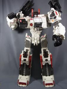 TFジェネレーションズ TG-23 メトロプレックス ロボットモード020