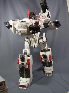TFジェネレーションズ TG-23 メトロプレックス ロボットモード021