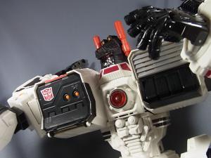 TFジェネレーションズ TG-23 メトロプレックス ロボットモード025