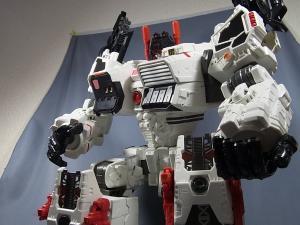 TFジェネレーションズ TG-23 メトロプレックス ロボットモード029