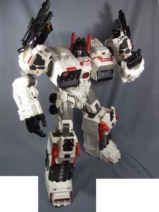TFジェネレーションズ TG-23 メトロプレックス ロボットモード033