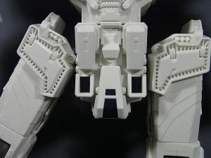 TFジェネレーションズ TG-23 メトロプレックス ロボットモード015