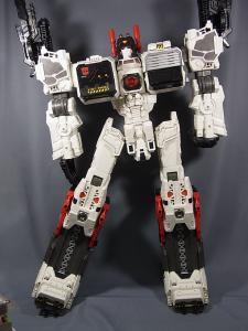 TFジェネレーションズ TG-23 メトロプレックス ロボットモード016