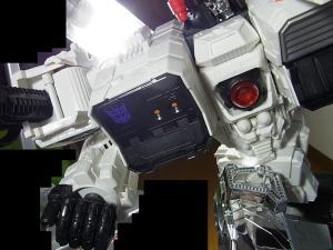 TFジェネレーションズ TG-23 メトロプレックス 達で遊ぼう018