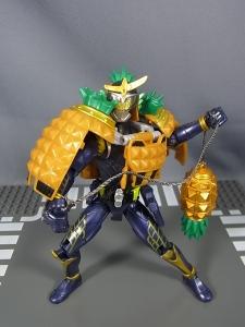 仮面ライダー鎧武 AC04 パインアームズイチゴアームズセット016