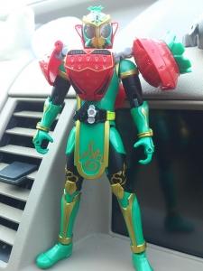 仮面ライダー鎧武 AC04 パインアームズイチゴアームズで遊ぼう002