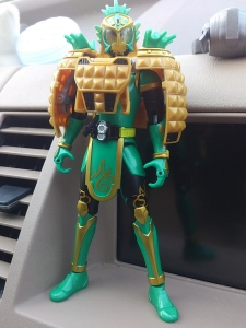 仮面ライダー鎧武 AC04 パインアームズイチゴアームズで遊ぼう004