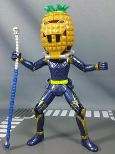 仮面ライダー鎧武 AC04 パインアームズイチゴアームズで遊ぼう008
