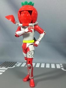 仮面ライダー鎧武 AC04 パインアームズイチゴアームズで遊ぼう009