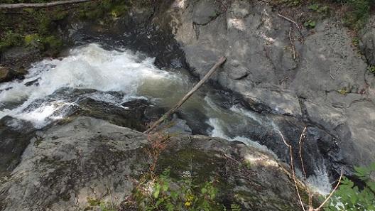 総主別川の滝 (4)●