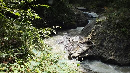 総主別川の滝 (10)●
