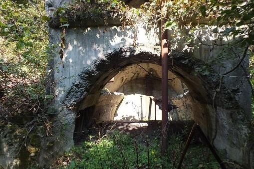 布引炭鉱 鉱口1