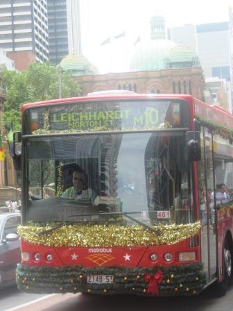 オーストラリアのクリスマスバス