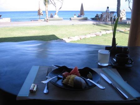 クンチビラ朝食雰囲気