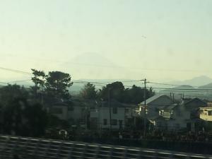 遠くの富士