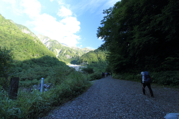 2012_0915_1_2.jpg