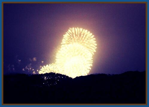 PicsArt_1382186558460131019江ノ島花火