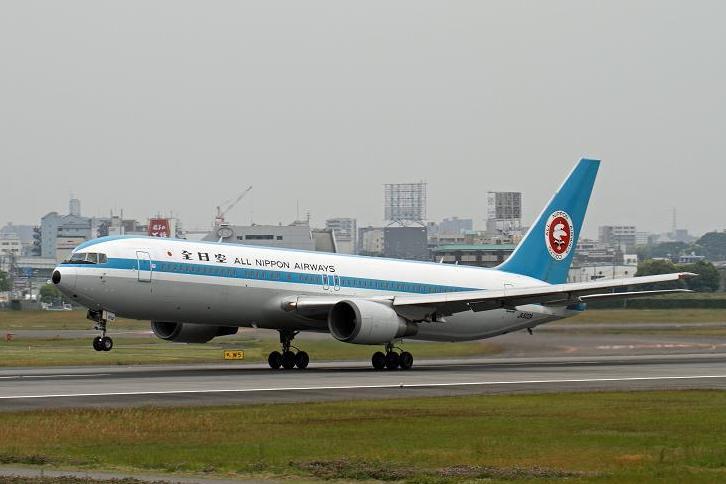 2012.05.22・『 大阪国際空港(伊丹空港) 』 兵庫県 伊丹 11