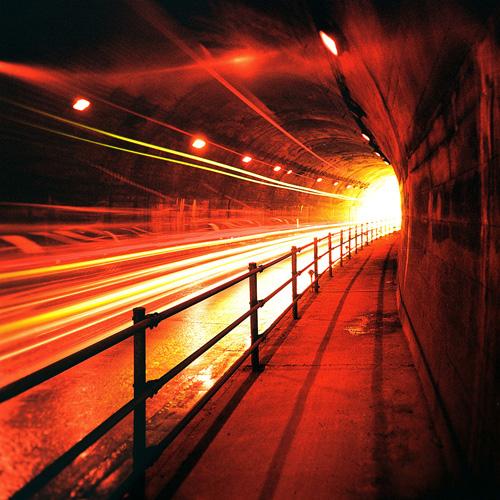 夜(トンネル)000230730008-2