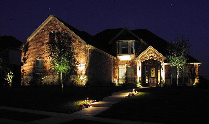 Home exterior design outdoor home design outdoor home for Exterior house lighting design