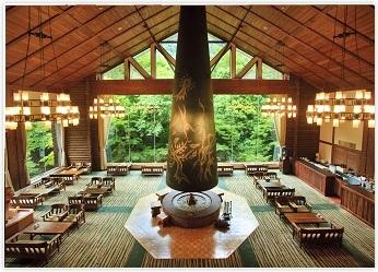 奥入瀬渓流ホテルラウンジ