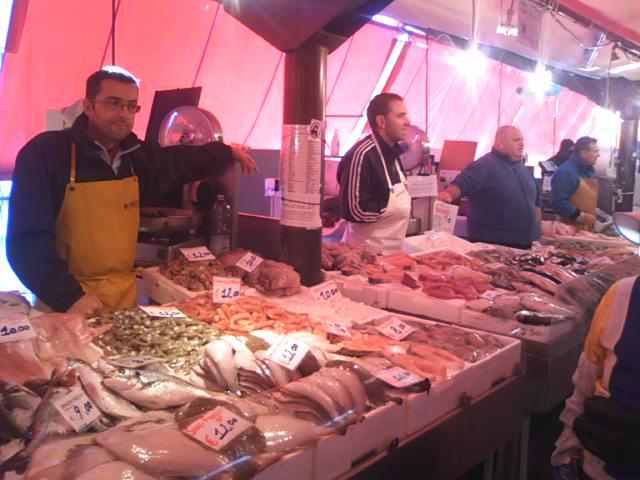 キオッジャの魚市場2