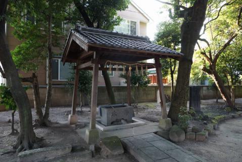 神明社20120816-0005