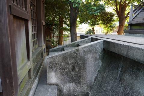 神明社20120816-0009