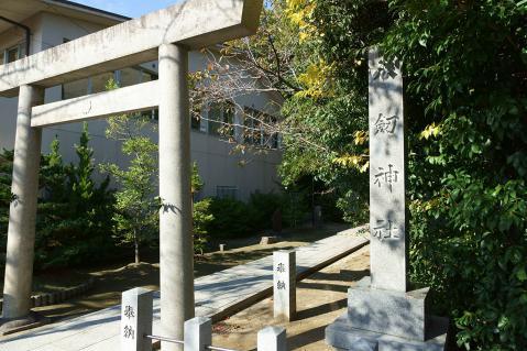 八剣神社森孝20121118-3