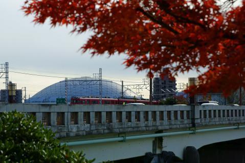 瀬戸線とドーム20121124