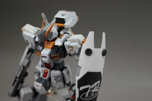 -Gigantic-Arm-Unit004.jpg