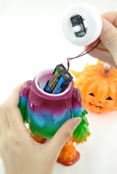 halloween-inc-battery-replacement-08.jpg