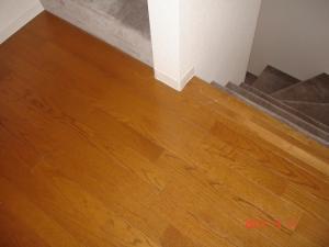 既存の床の階段近辺