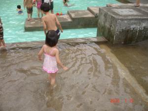 新宿中央公園のじゃぶじゃぶ池