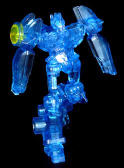 アームズマイクロン オートボット シャイニングオプティマスプライムブラスター ロボットモード